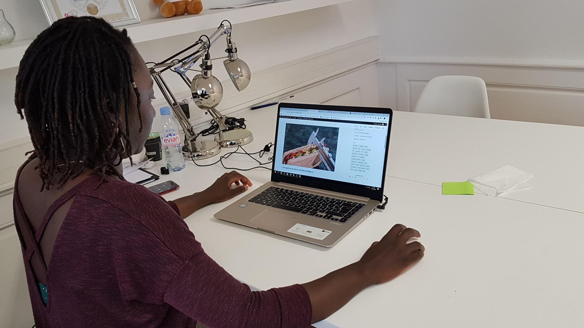 Sophie, stagiaire webdesign chez Idée Ad