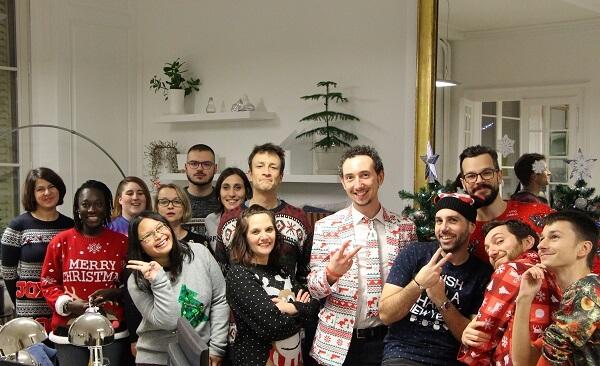 L'équipe Idée Ad en pulls moches de Noël